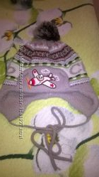 Зимняя, теплая шапочка в подарок варежки