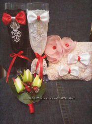 Свадебные бокалы Зимней тематики - бутоньерка, подушечка для колец и букет