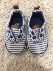 Наша первая обувь-пинетки 18р, ботинки 18р, мокасины 18-19р