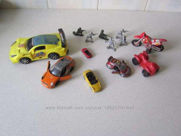 Машинки Мотоциклы и солдатики