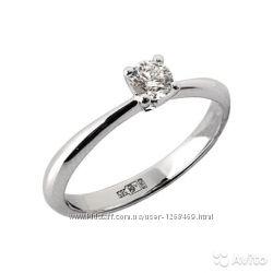 Изящное золотое кольцо с бриллиантом