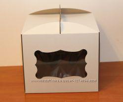 Коробка для торта 30 на 30 см праздничная с окошками