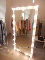 Зеркало в магазин Magnesium