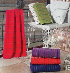 Махровые жаккардовые полотенца банные ERMET упаковка