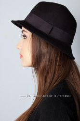 Стильная черная женская шляпа. Классика.