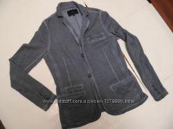 Клубный молодежный пиджак CELIO 48-50смотрите замеры