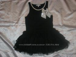 Красивое платье  M&S на 6 лет. Состояние идеальное.