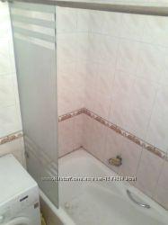 Безопасное стекло на ванну с полированными краями без рамы