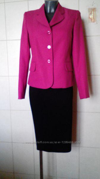 Яркий эффектный, качественный малиновый пиджак Autonomy, ткань в елочку