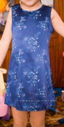 Лёгёнькое платье на 4-5 лет.