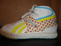 Женские кроссовки Reebok , размер 38, стелька 24. 5 см