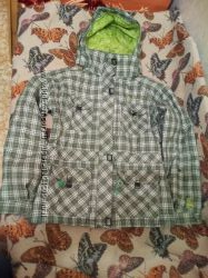Куртка зимняя лыжная L размер 46-48 Liquid