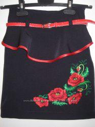 Вышитые юбки с красным пояском
