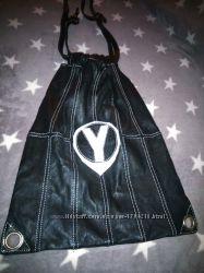 Необычная сумка торба натуральная кожа черная с белой строчкой