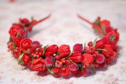 Красный новогодний обруч ободок венок