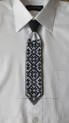 Детский галстук. Ручная вышивка.