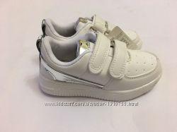 Детские кроссовки мокасины белые с вставкой серебро