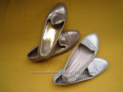 Фирменные балетки туфли серебристого цвета