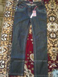 Прямые джинсы на девочку 12-13 лет