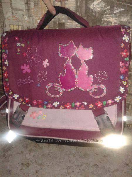 Сумка ранец портфель бордового цвета .