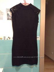 Черное брендовое платье