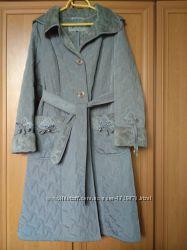 Демисезонное женское пальто Мангуст, 48 размер, состояние отличное