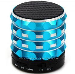 Портативная блютуз  Bluetooth  колонка в стильном металлическом корпусе