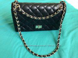 b347ff195afa черная стеганая сумка типа Шанель, 450 грн. Женские сумки - Kidstaff ...