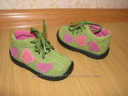 Bobbie Shoes ботинки замша 19 р по вст 12. 5 см