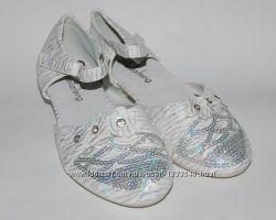 KLF бело-серебристые Туфли для девочки Праздничные