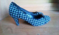 Туфли  на выпускной в клетку NEW LOOK в идеальном состоянии