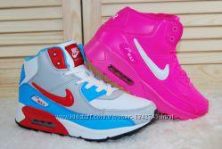 Женские зимние кроссовки найк Nike
