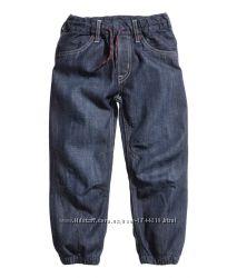 Джинсы на мальчика H&M  размер 4-5 лет
