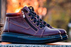 Кожанные зимние женские ботинки