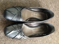 Кожаные туфли 38р.