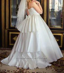 Срочно продам Королевское свадебное платья