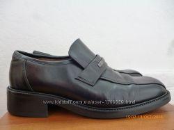 Туфли Next кожа р. 43 стілка 28, 5 см. Італія.