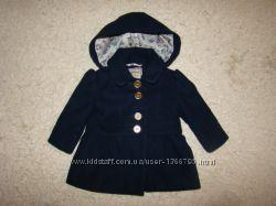 Очень красивое демисезонное пальто I love Next на 6-9 месяцев