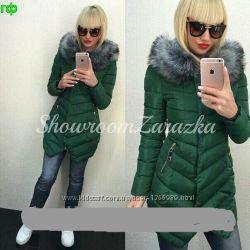 Женская Куртка зимняя с мехом на воротнике