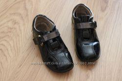 Туфли лакированные в очень хорошем состоянии