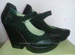 Элегантные туфли в идеальном состоянии