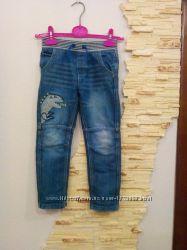 Отличные джинсы 110-116