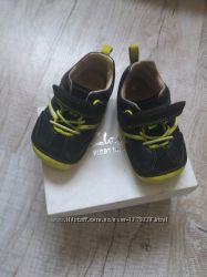 Шикарні кросівки від Clark&acutes