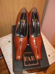 Кожаные итальянские туфли.