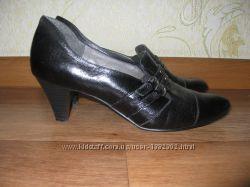 кожаные туфли 37р.