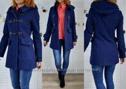 Стильное теплое пальто Benetton