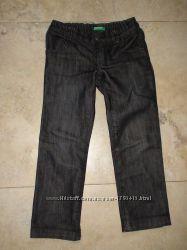 Черные классные джинсы Benetton 110-116р.