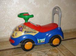Продам детскую машина-каталка, толокар Joddy