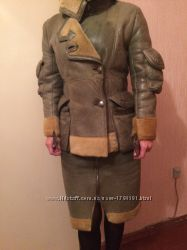 Продам оргинальную дубленку куртка  юбка зеленого цвета