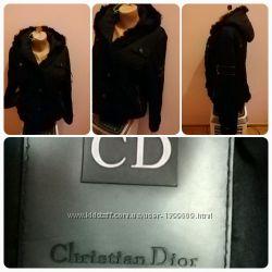 Осенне-весенняя куртка Christian Dior.